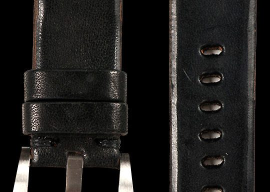 02 Vintage Horse Leather Strap Black