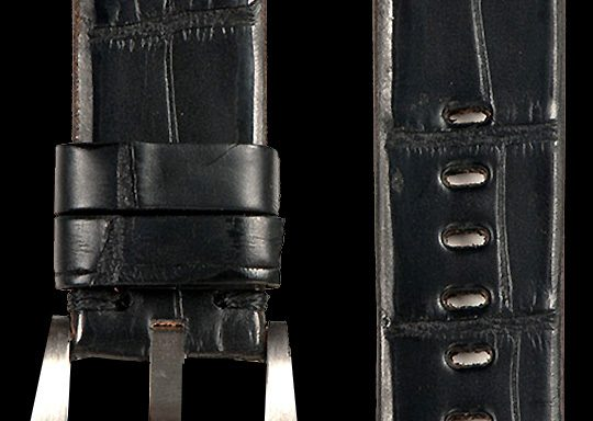 18 Vintage Alligator Strap Black
