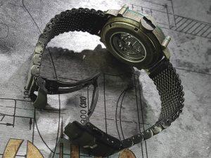 SPILLO 機械式腕時計 黒いミラネーゼブレス