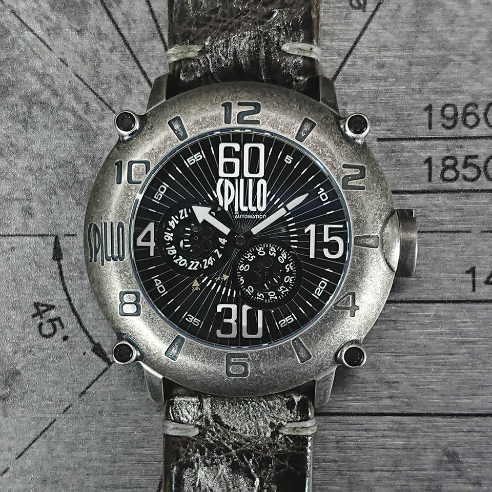 ワニ革ストラップ スピーロの腕時計