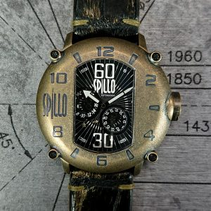 SPILLOの腕時計